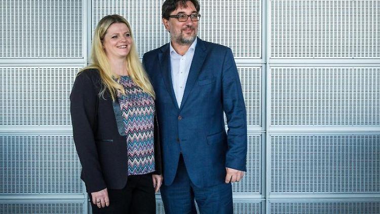 Susanne Schaper und Stefan Hartmann, Parteispitze der Linken in Sachsen. Foto: Oliver Killig/dpa-Zentralbild/dpa/Archivbild