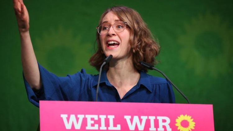 Grünen-Politikerin Eva Lettenbauer spricht auf einem Parteitag. Foto: Karl-Josef Hildenbrand/dpa/Archivbild