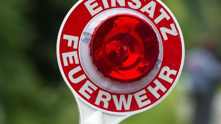 Feuerwehreinsatz. Foto: Armin Weigel/dpa/Archivbild