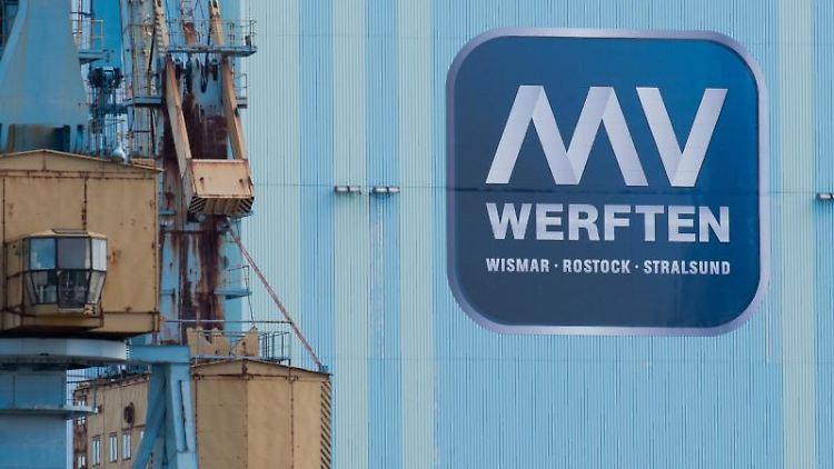Blick auf das Gelände der MV Werften in Stralsund. Foto: Stefan Sauer/dpa-Zentralbild/dpa/Archivbild