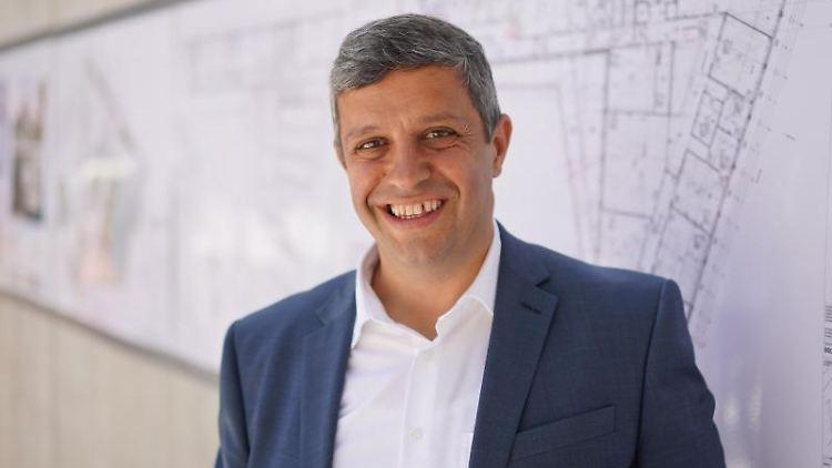 Raed Saleh (SPD), Fraktionsvorsitzender im Berliner Abgeordnetenhaus. Foto: Jörg Carstensen/dpa/Archivbild