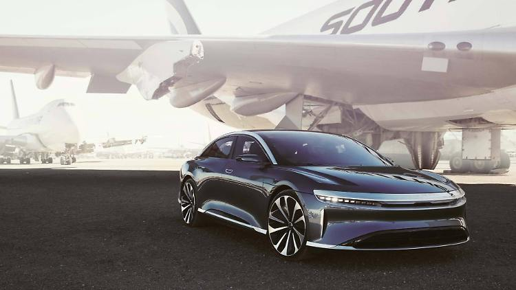 lucid-air-gallery-009.jpg