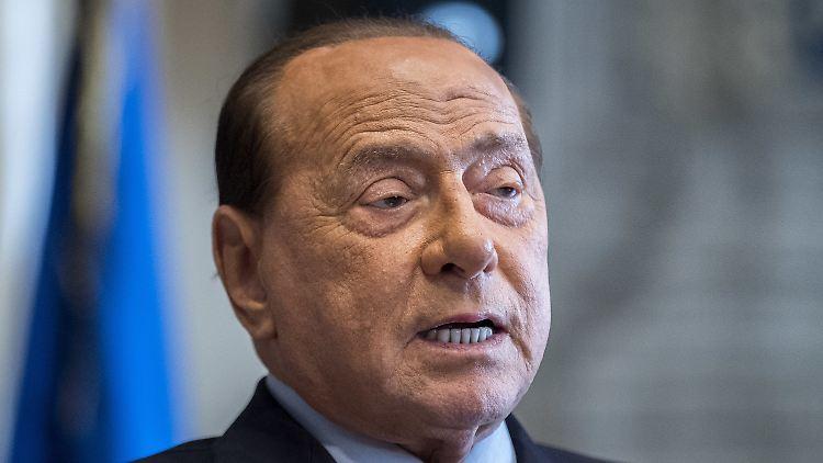 Laut Berlusconis Umfeld gebe es kein Grund zur Besorgnis.