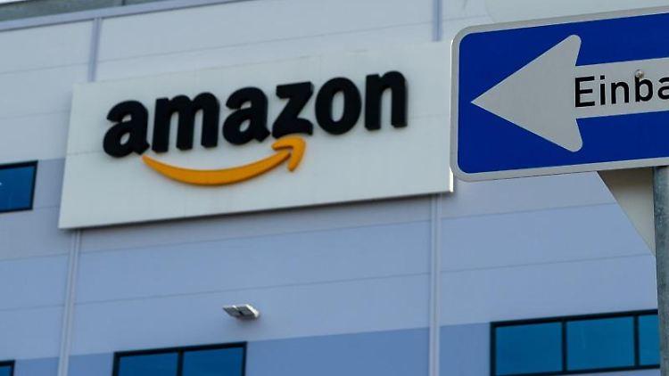 Online-Händler Amazon. Foto: Philipp Schulze/dpa