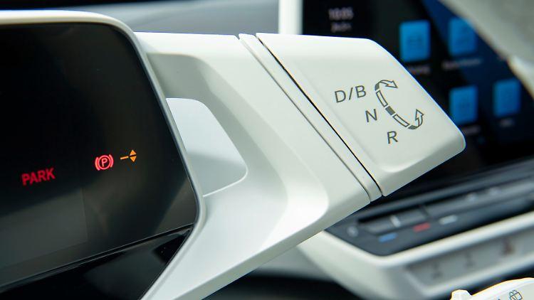 DB2020AU01131_medium.jpg