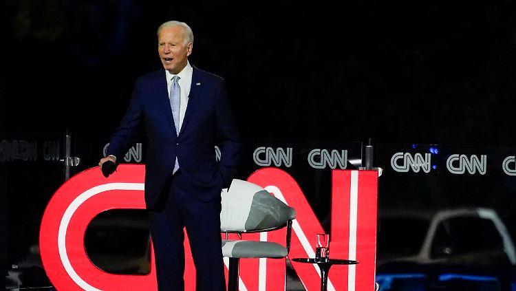 Erste Townhall Mit Wahlern Biden Attackiert Trump Frontal N Tv De