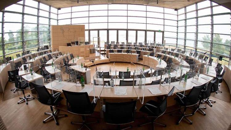 Die dreitägige Septembersitzung des schleswig-holsteinischen Landtags beginnt am heutigen Mittwoch in Kiel. Foto: Christian Charisius/dpa/Archivbild