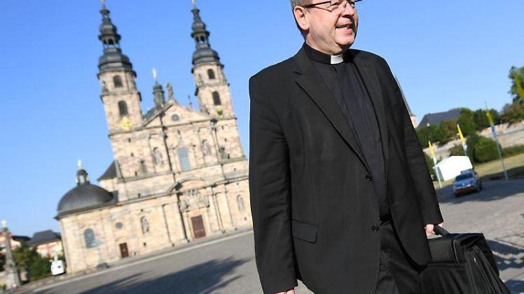 Georg Bätzing, Vorsitzender der Deutschen Bischofskonferenz. Foto: Arne Dedert/dpa