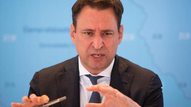 Georg Eisenreich (CSU), Justizminister von Bayern. Foto: Nicolas Armer/dpa