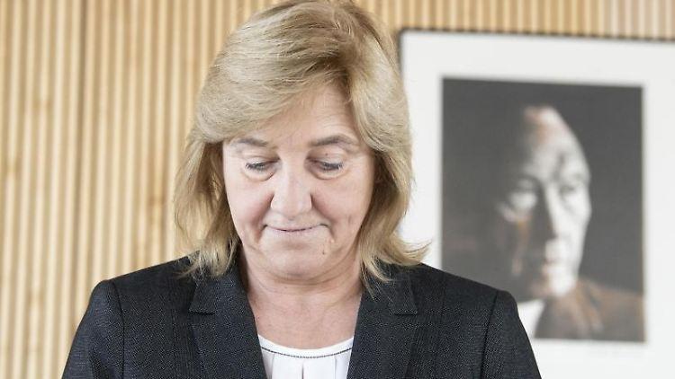 Eva Kühne-Hörmann (CDU) bei einem Termin. Foto: Boris Roessler/dpa/Archivbild