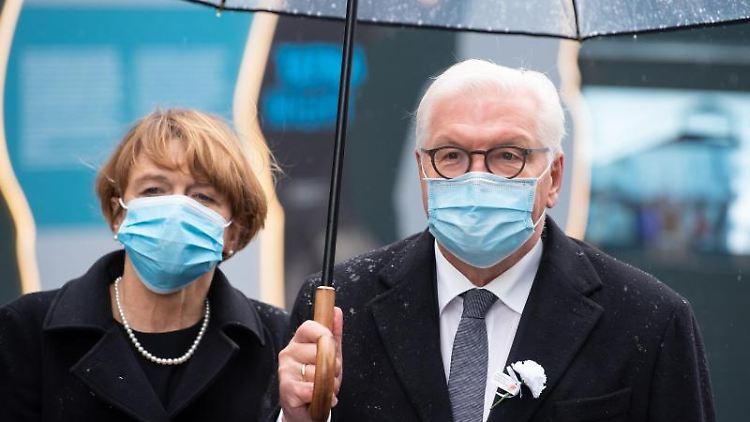 Bundespräsident Frank-Walter Steinmeier und seine Frau Elke Büdenbender. Foto: Sven Hoppe/dpa