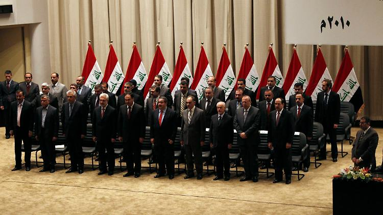 2010-12-21T153035Z_01_BAG104_RTRMDNP_3_IRAQ-POLITICS.JPG445841096231362410.jpg