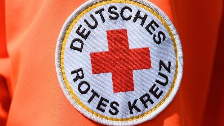 Das Logo des Deutschen Roten Kreuzes. Foto: Robert Michael/dpa-Zentralbild/dpa/Symbolbild