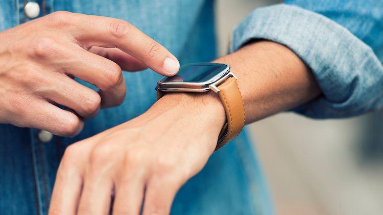 Eine Smartwatch kann viel mehr als nur die Zeit anzeigen.
