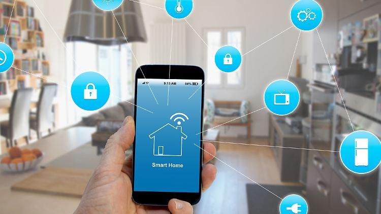 Smart-Home-Produkte sind angesagt – und sie sparen zum Teil viel Geld ein.