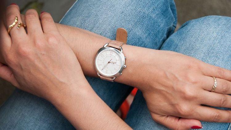Black Friday Deals für Hybrid-Smartwatches entdecken
