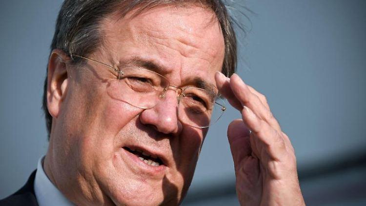 Armin Laschet (CDU), Ministerpräsident von Nordrhein-Westfalen. Foto: Sascha Steinbach/EPA POOL/dpa/Archivbild