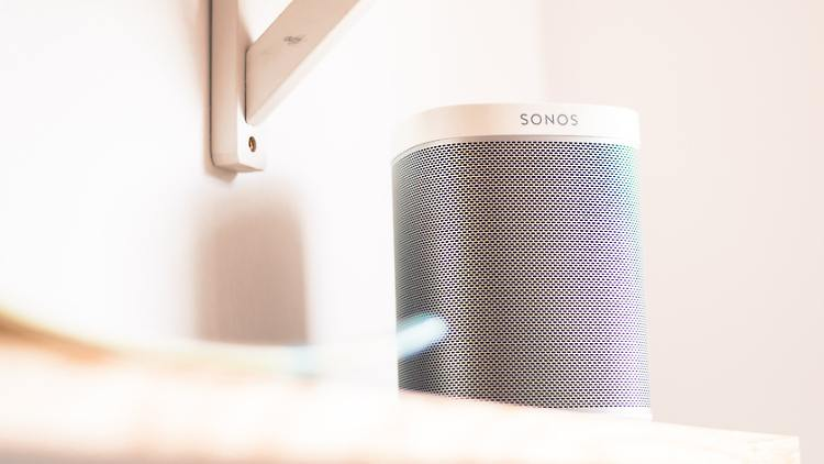 Sonos-Lautsprecher sind beim Black Friday günstiger zu haben.