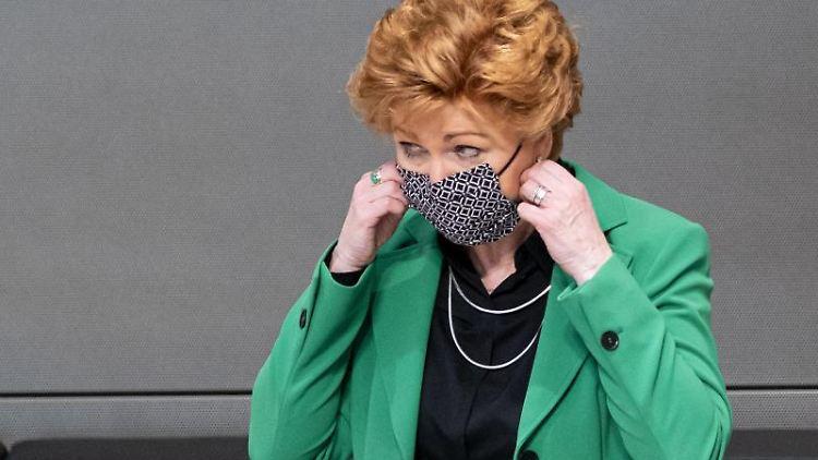Barbara Havliza, Niedersachsens Justizministerin (CDU), im Landtag. Foto: Peter Steffen/dpa