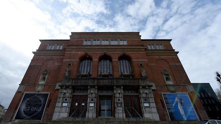 Blick auf das Opernhaus von Kiel. Foto: picture alliance / dpa