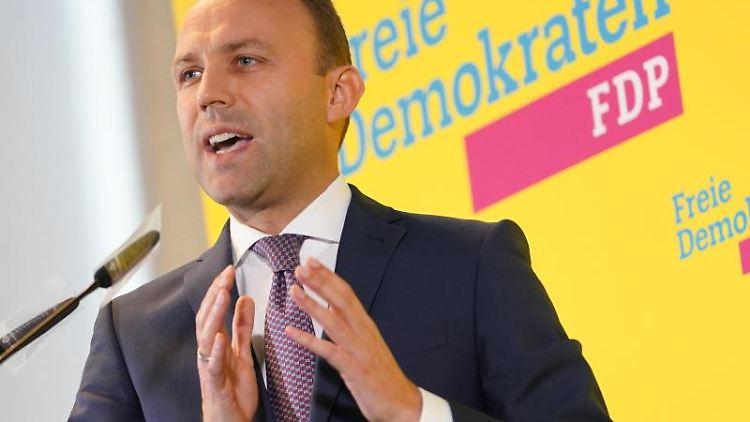 Sebastian Czaja, Chef der FDP-Fraktion im Berliner Abgeordnetenhaus. Foto: Jörg Carstensen/dpa/Archivbild