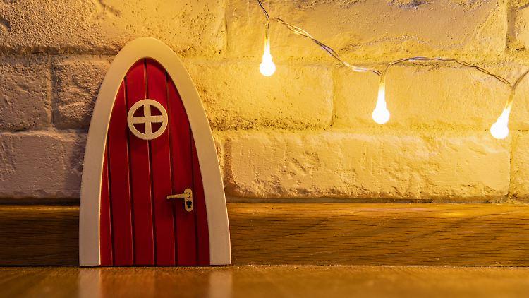 In Skandinavien sind Wichteltüren ein weit verbreiteter Weihnachtsbrauch.