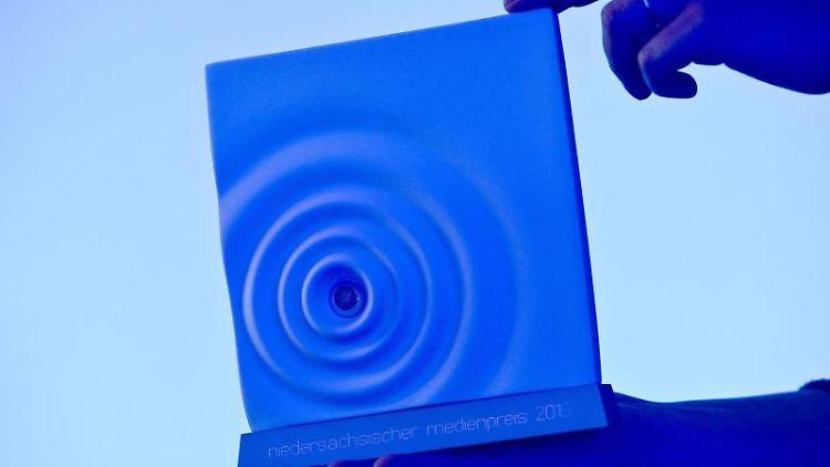 Der niedersächsische Medienpreis, aufgenommen . Foto: picture alliance / Peter Steffen/dpa/Archivbild
