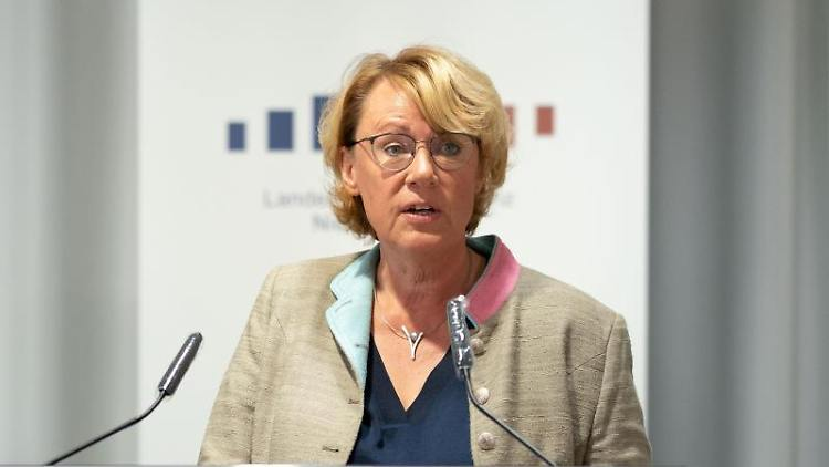 Barbara Otte-Kinast, Niedersachsens Verbraucherschutzministerin (CDU). Foto: Peter Steffen/dpa/Archivbild