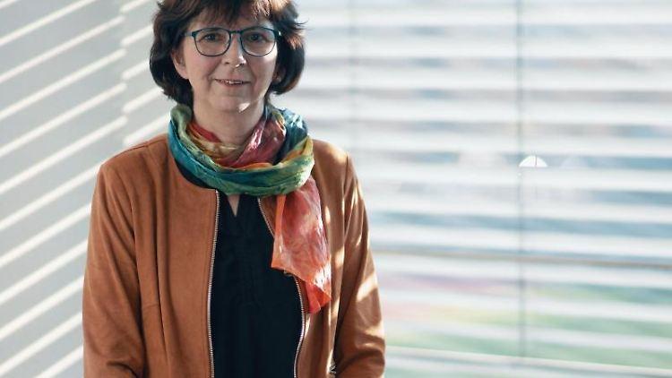 Das Foto zeigt Christine Baur-Fewson, Leiterin der Niederlassung Südwest der Autobahn GmbH. Foto: David Ferstl/Autobahn GmbH/dpa/Archivbild