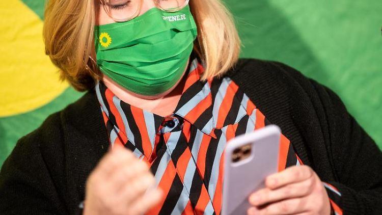 Alexandra Werwath, Landesvorstandssprecherin der Bremer Grünen. Foto: Sina Schuldt/dpa