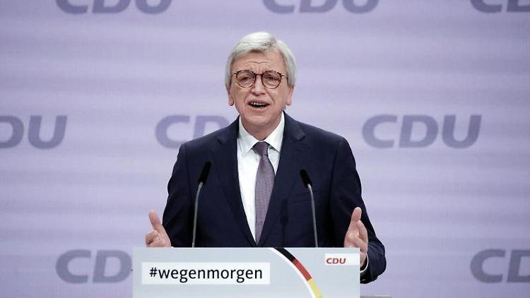 Der hessische Ministerpräsident Volker Bouffier. Foto: Michael Kappeler/dpa/Archiv