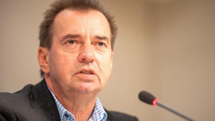 Frank Bommert, Landtagsabgeordneter in Brandenburg, spricht. Foto: Monika Skolimowska/dpa-Zentralbild/dpa/Archivbild