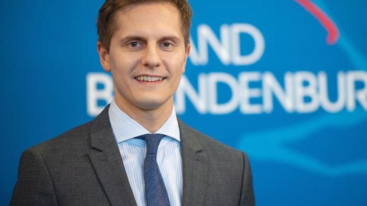 Benjamin Grimm (SPD), Staatssekretär in der Brandenburger Staatskanzlei. Foto: Monika Skolimowska/dpa-Zentralbild/dpa/Archivbild