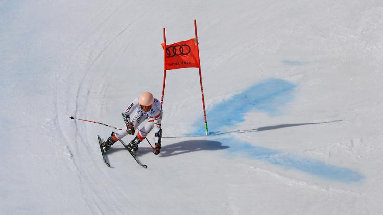 2021-02-18T112748Z_733884118_UP1EH2I0VUCF5_RTRMADP_3_ALPINE-WORLD.JPG