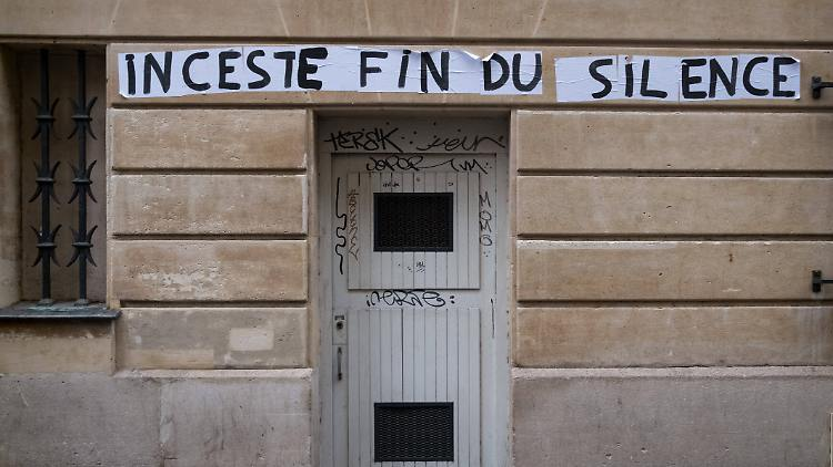 Neue #MeToo-Debatte über Inzest: Frankreich verbietet Sex