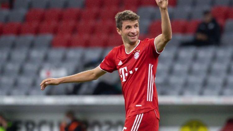 Münchens Thomas Müller freut sich über ein Tor. Foto: Sven Hoppe/dpa