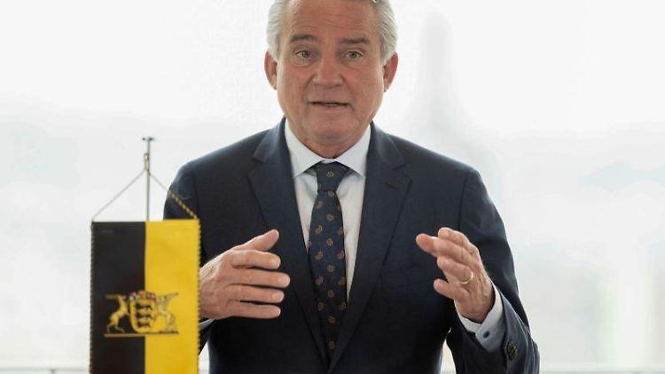 Thomas Strobl (CDU), Innenminister von Baden-Württemberg, spricht. Foto: Marijan Murat/dpa