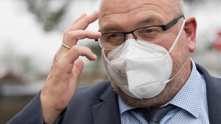 Mecklenburg-Vorpommerns Gesundheitssminister Harry Glawe in Greifswald. Foto: Stefan Sauer/dpa-Zentralbild/dpa