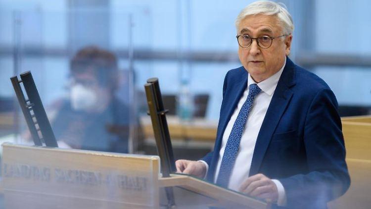 Michael Richter (CDU), Minister des Innern von Sachsen-Anhalt, spricht. Foto: Klaus-Dietmar Gabbert/dpa-Zentralbild/dpa/Archivbild