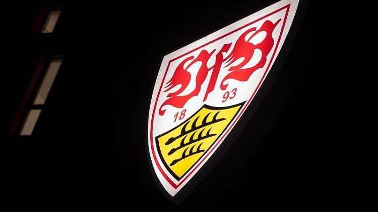 Das Logo des VfB Stuttgart ist zu sehen. Foto: Marijan Murat/dpa/Archivbild