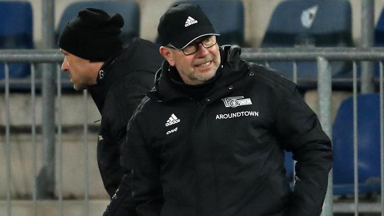 Unions Trainer Urs Fischer. Foto: Friso Gentsch/dpa
