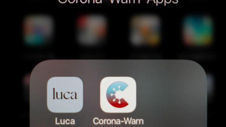 Die Icons der App Luca und der Corona-Warn-App der Bundesregierung auf einem Smartphone. Foto: Kay Nietfeld/dpa