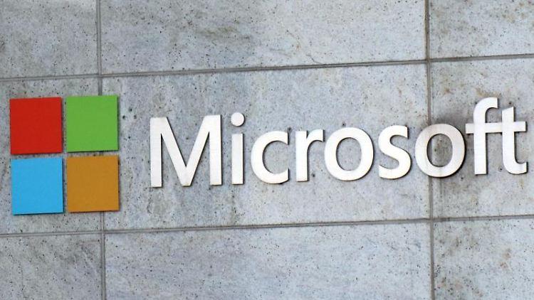 Das Microsoft-Logo ist am Firmengebäude in Bellevue zu sehen. Foto: Toby Scott/SOPA Images via ZUMA Wire/dpa/Archivbild