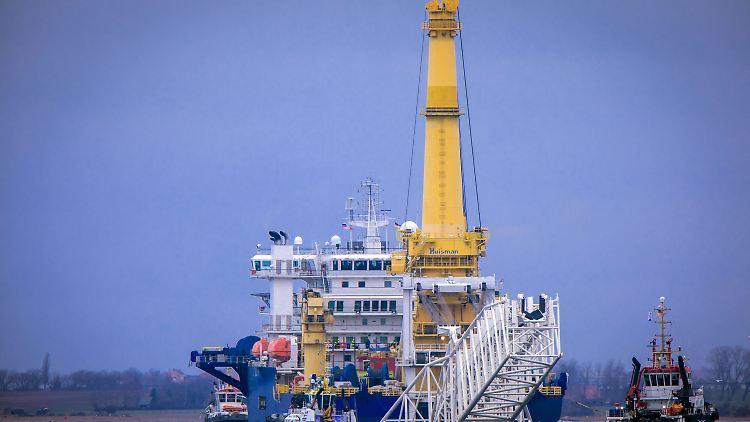 Die USA haben Sanktionen gegen Firmen angedroht, die an Bau und Zertifizierung der 1200 Kilometer langen Röhre beteiligt sind.