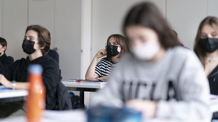 Masken Schule Infektionsrisiko.jpg