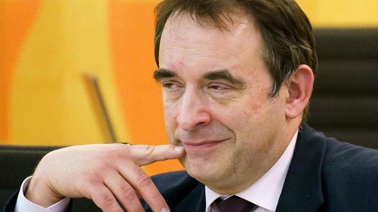 Alexander Lorz (CDU), Kultusminister von Hessen. Foto: Andreas Arnold/dpa/Archivbild