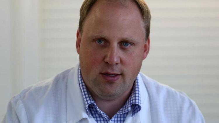 Tobias Blömer, Vorsitzender der Agrar- und Ernährungswirtschaft MV, spricht. Foto: Bernd Wüstneck/dpa-Zentralbild/dpa/Archivbild