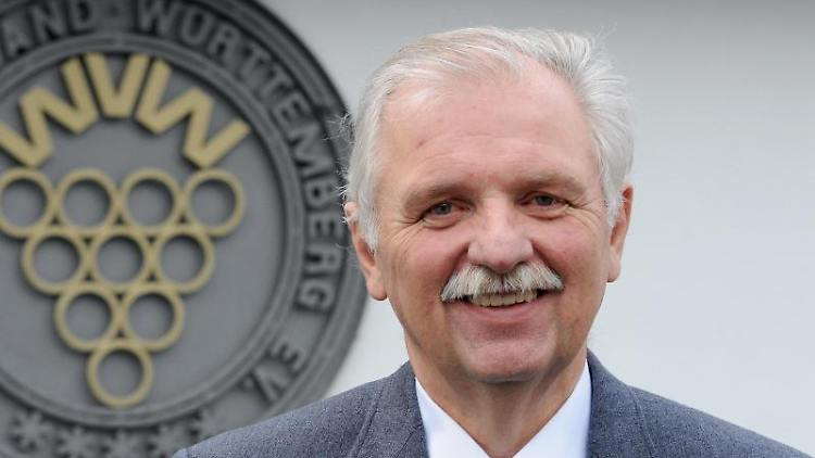 Der Präsident des Weinbauverbandes Württemberg, Hermann Hohl. Foto: picture alliance / dpa/Archivbild