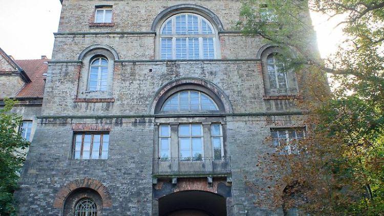 Außenansicht von dem Teil des Schlosses Köthen. Foto: Klaus-Dietmar Gabbert/dpa-Zentralbild/dpa/Archivbild