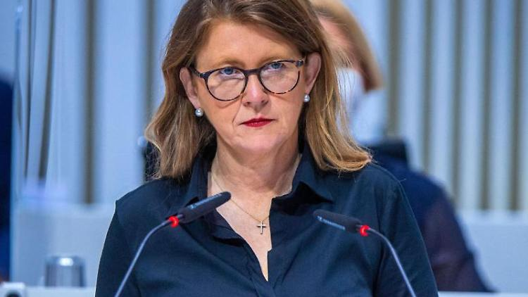 Katy Hoffmeister (CDU), die Justizministerin von Mecklenburg-Vorpommern. Foto: Jens Büttner/dpa-Zentralbild/ZB/Archivbild